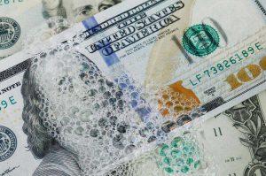 پیامدهای پولشویی